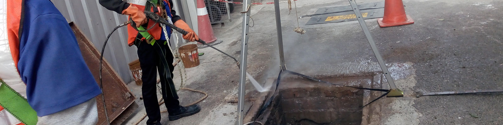 Underground Tank Cleaning @MaxCleaner